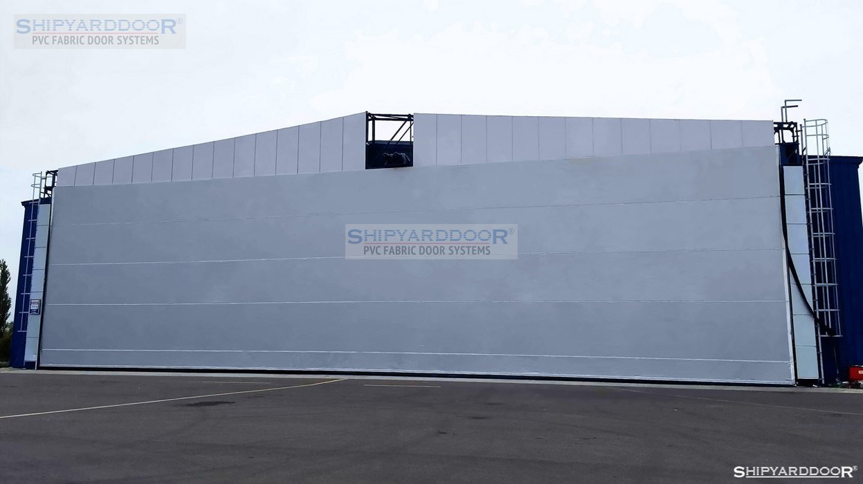 airport en shipyarddoor