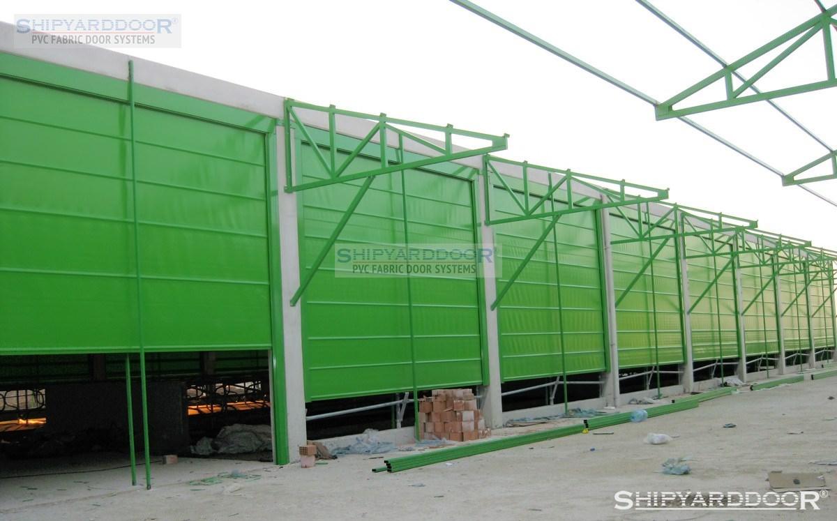 farm curtain 2 en shipyarddoor