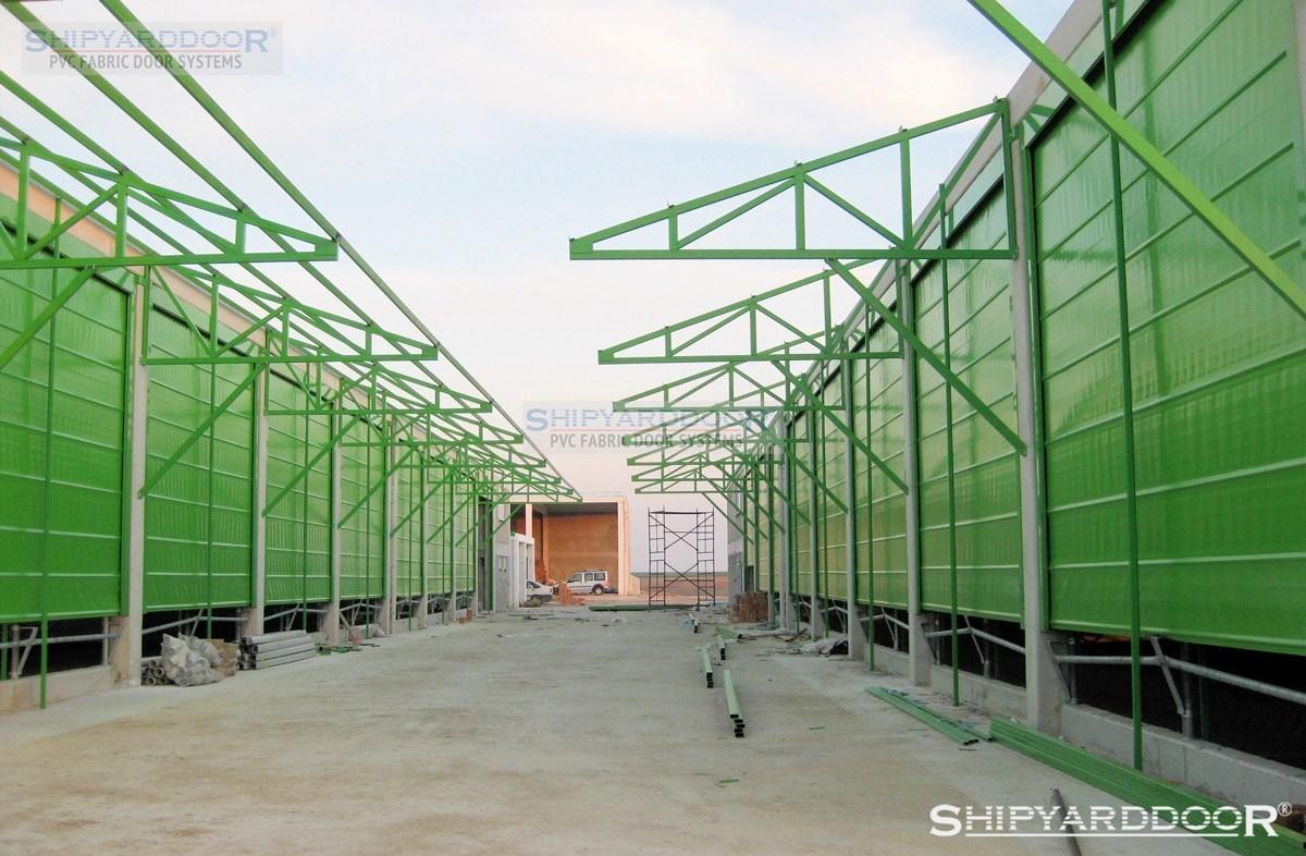 farm curtain en shipyarddoor