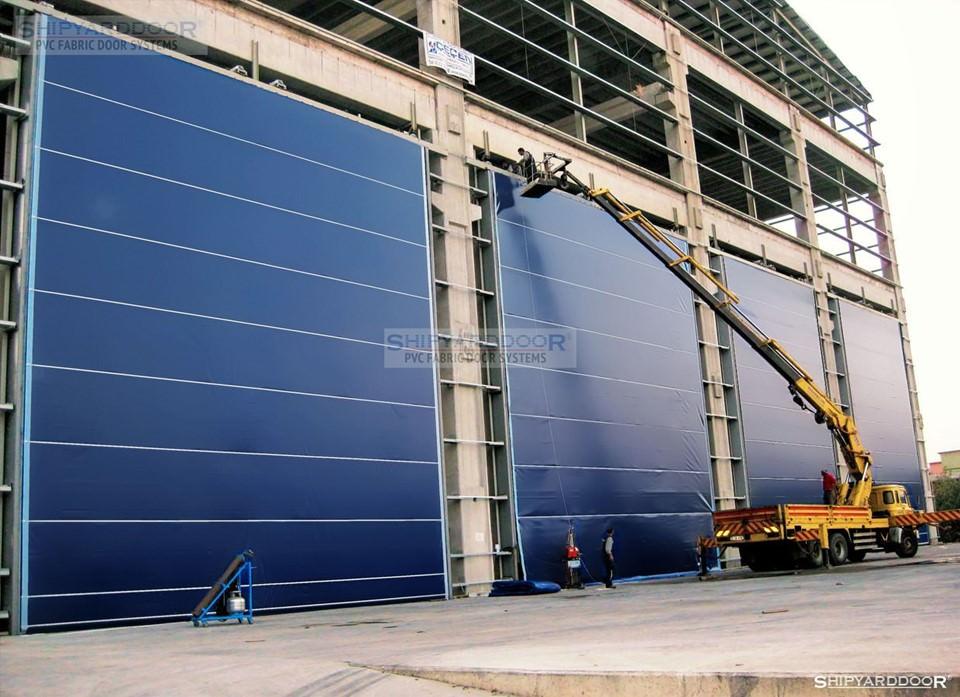 large door en shipyarddoor