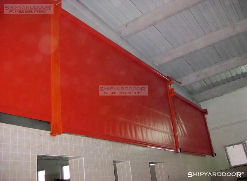 livestock curtain 2 en shipyarddoor