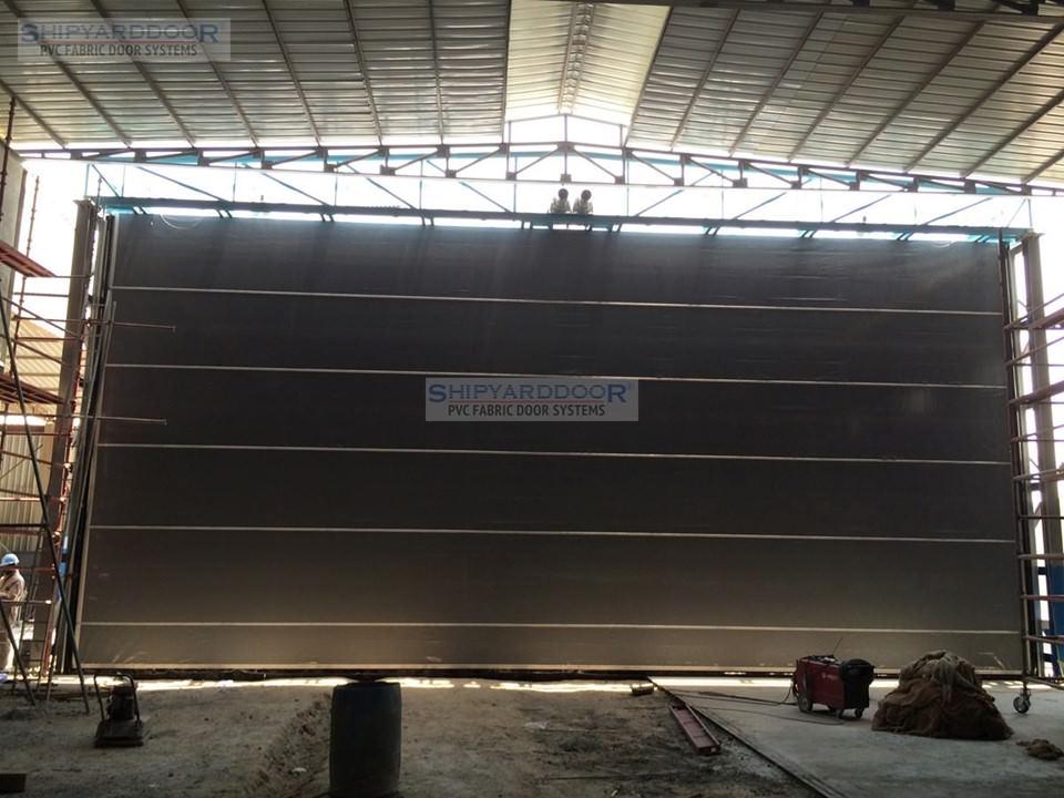 hangar door3 en shipyarddoor