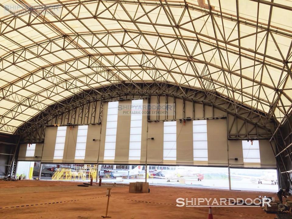 large hangar door en shipyarddoor