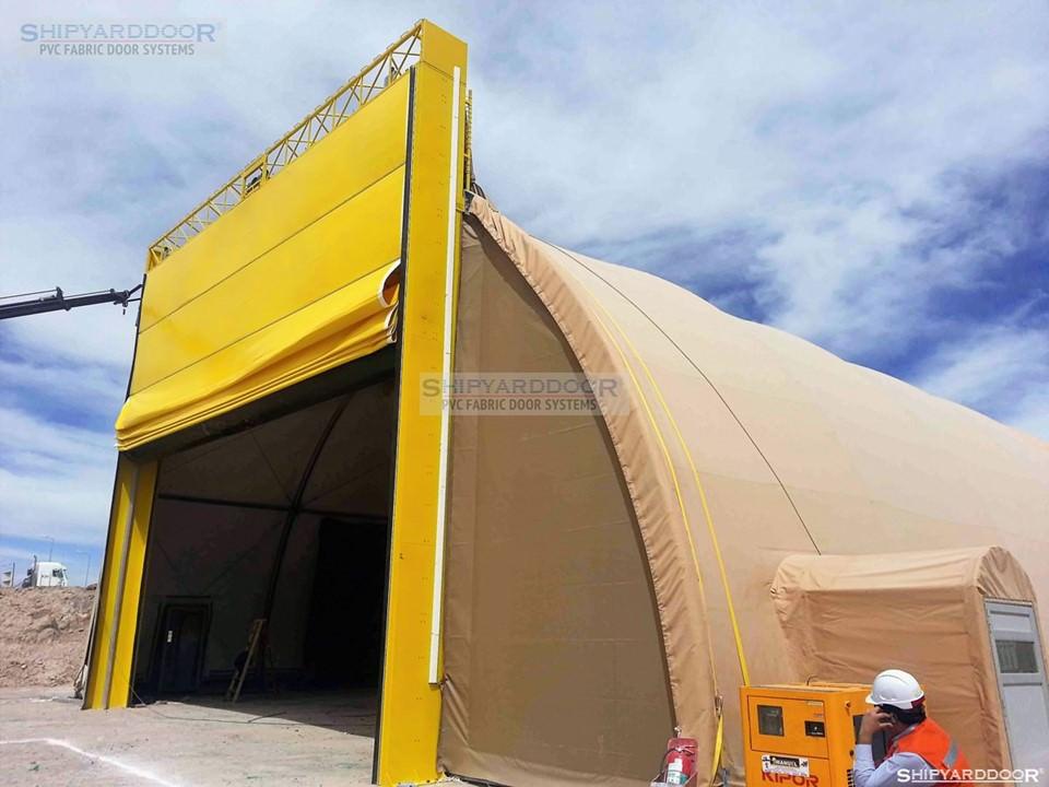 mine hangar door2 en shipyarddoor