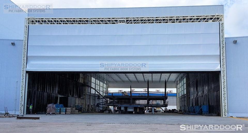 multi shipyard hangar door en shipyarddoor