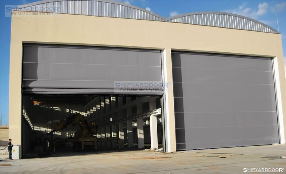 ship hangar door en shipyarddoor
