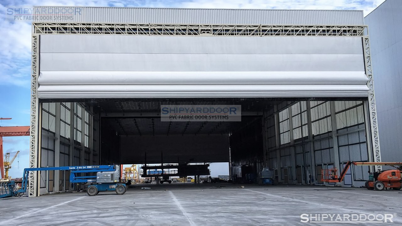 ship piece multi hangar door en shipyarddoor