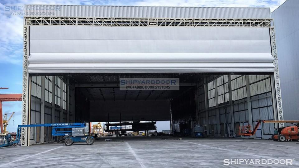 ship piece multi hangar door en shipyarddoor