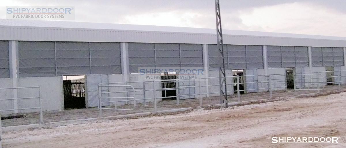 poultry house curtain 3 en shipyarddoor