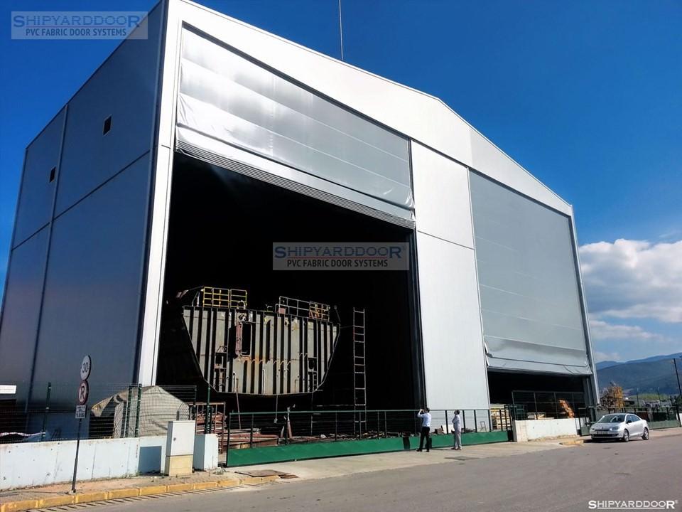 shipyarddoor2 en shipyarddoor